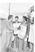 Country Farm Natural Foods strike. Sarwan Boal on secondary picket at Naam Restaurant, West 4th Ave, Vancouver, April 18, 1981.